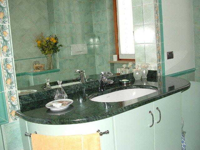 Bagno verde acqua la scelta giusta variata sul design - Bagno verde acqua ...